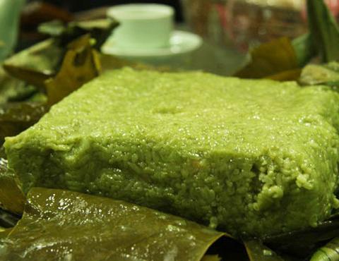 Bánh chưng cốm ngon khi bóc