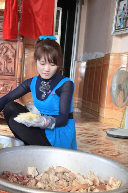 Làm nhân đưa vào bánh