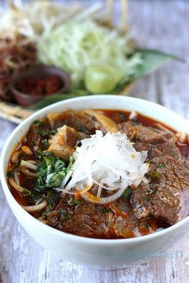 bún bò Huế đậm đà của người Việt