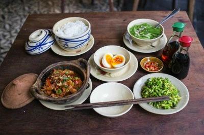Luật tương sinh Ngũ hành khá nghiêm ngặt trong nấu ăn