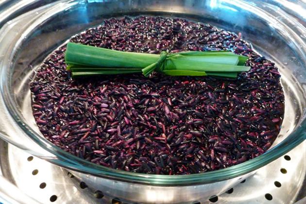 Gạo nếp cẩm được chế biến thành các món ăn có giá trị dinh dưỡng cao