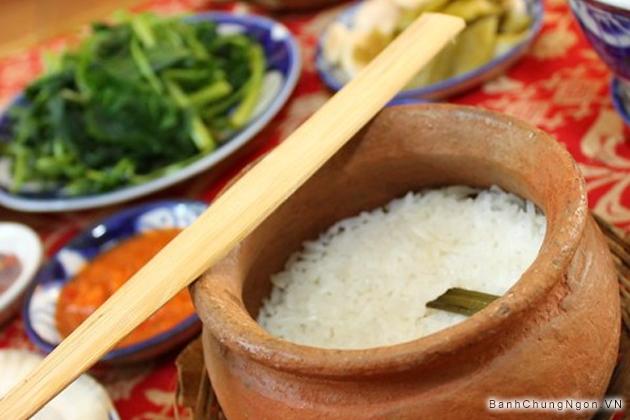 Món cơm niêu thuần Việt ngon - đậm đà