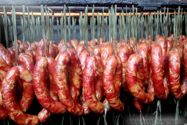 Lạp sườn hun khói - món ngon đến từ Cao Bằng